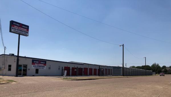 Store Space Self Storage - #1005 3316 Hansboro Avenue Dallas, TX - Photo 1