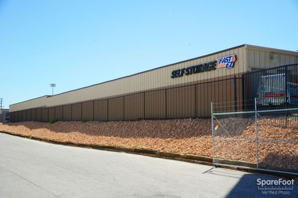 Fast & EZ Self Storage - North Las Vegas 915 East Colton Avenue North Las Vegas, NV - Photo 3