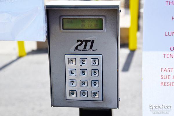 Fast & EZ Self Storage - Arizona 101 West Park Avenue Chandler, AZ - Photo 4