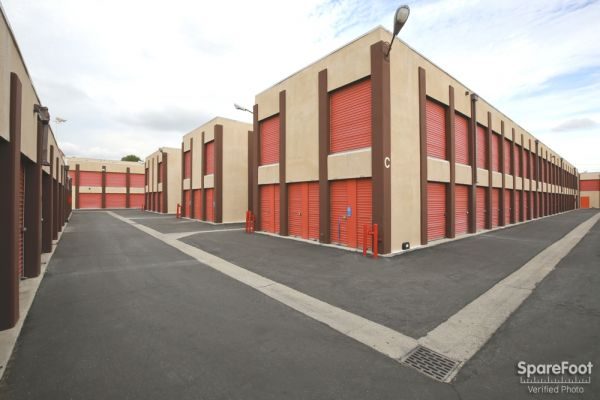 South Bay Mini Storage 3401 West Rosecrans Avenue Hawthorne, CA - Photo 4