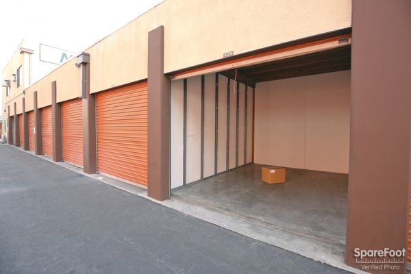 South Bay Mini Storage 3401 West Rosecrans Avenue Hawthorne, CA - Photo 6