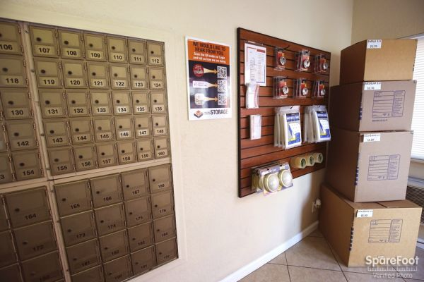 South Bay Mini Storage 3401 West Rosecrans Avenue Hawthorne, CA - Photo 11