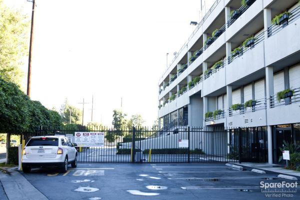 Sherman Oaks Mini Storage 15500 Erwin Street Van Nuys, CA - Photo 9