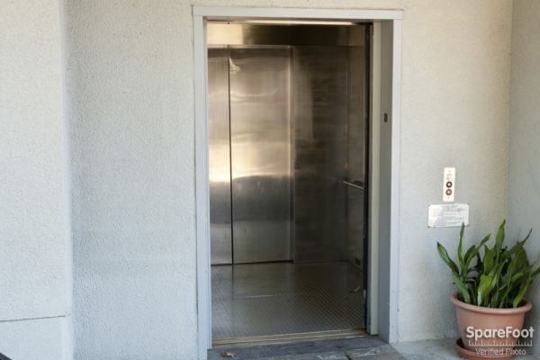Sherman Oaks Mini Storage 15500 Erwin Street Van Nuys, CA - Photo 14