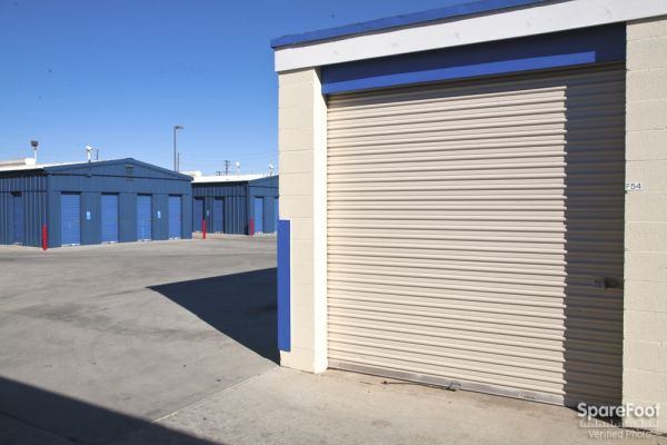 ... Orange County Self Storage 280 North Sullivan Street Santa Ana, CA    Photo 4 ...