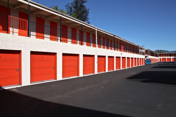 Van Nuys Mini Storage 9635 Van Nuys Boulevard Panorama City, CA - Photo 3