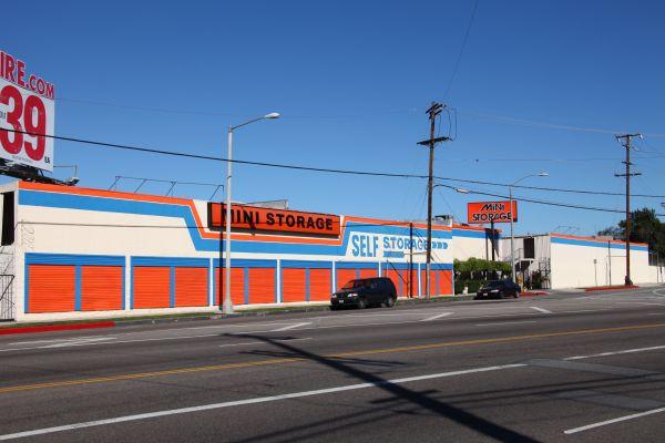 Van Nuys Mini Storage 9635 Van Nuys Boulevard Panorama City, CA - Photo 5