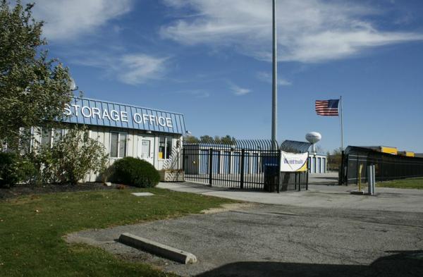Storage Rentals of America - Sandusky