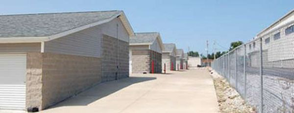 Storage Rentals of America - Cuyahoga Falls - State Rd 4133 State Road Cuyahoga Falls, OH - Photo 3