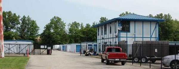 Storage Zone - Akron - Chenoweth Rd. 2939 Chenoweth Road Akron, OH - Photo 1