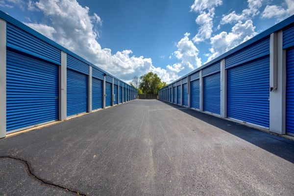Simply Self Storage - 6123 Highland Road - Waterford 6123 Highland Rd Waterford, MI - Photo 2