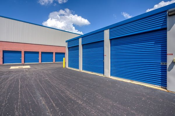 Simply Self Storage - 6123 Highland Road - Waterford 6123 Highland Rd Waterford, MI - Photo 3