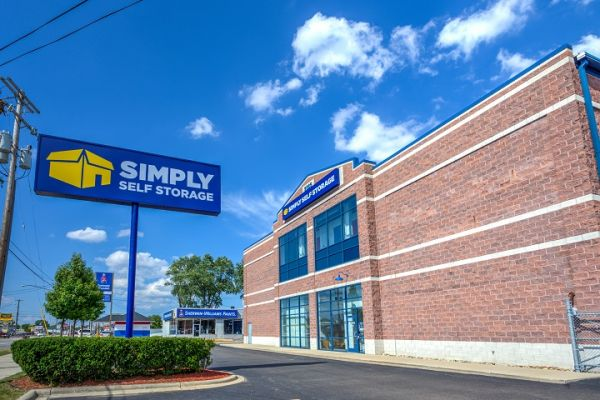 Simply Self Storage - 2325 S Dort Highway - Flint 2325 South Dort Highway Flint, MI - Photo 1