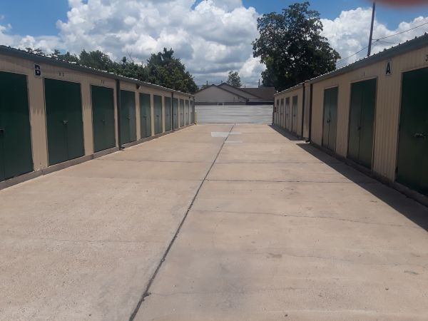 6400 Self Storage 6400 Eastex Freeway Houston, TX - Photo 1