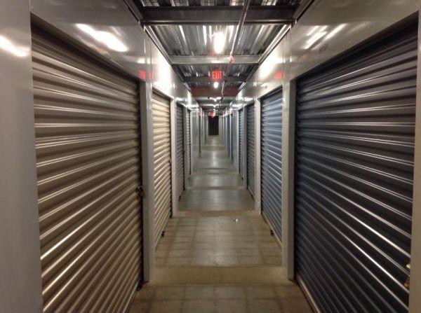 Life Storage - Hazelwood - North Lindbergh Boulevard 7220 North Lindbergh Boulevard Hazelwood, MO - Photo 4