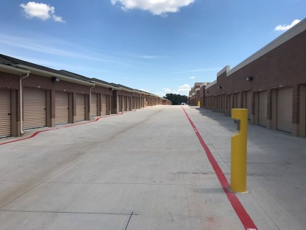 Simply Self Storage - McKinney, TX - Hardin Blvd 3801 Hardin Boulevard McKinney, TX - Photo 2