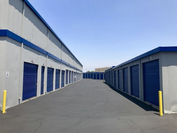 A-American Self Storage - Rialto 220 W Valley Blvd Rialto, CA - Photo 1