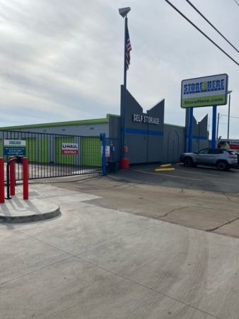 Store Here Self Storage - Pantego 2020 West Pioneer Parkway Pantego, TX - Photo 2