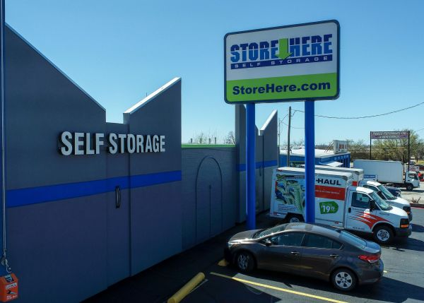 Store Here Self Storage - Pantego 2020 West Pioneer Parkway Pantego, TX - Photo 6