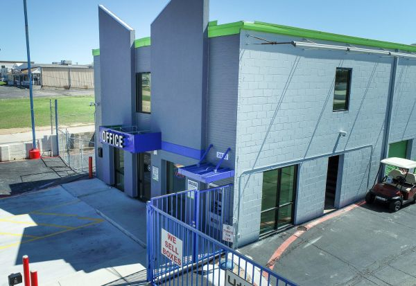 Store Here Self Storage - Pantego 2020 West Pioneer Parkway Pantego, TX - Photo 7