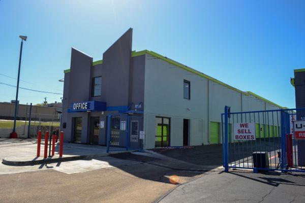Store Here Self Storage - Pantego 2020 West Pioneer Parkway Pantego, TX - Photo 14