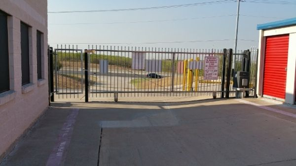 Iron Guard Storage - Del Valle 4405 East Highway 71 Garfield, TX - Photo 1