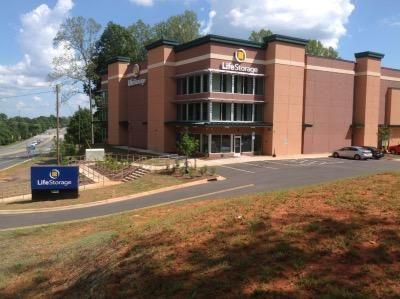 Life Storage - Charlotte - West Mallard Creek Church Road 1325 West Mallard Creek Church Road Charlotte, NC - Photo 0