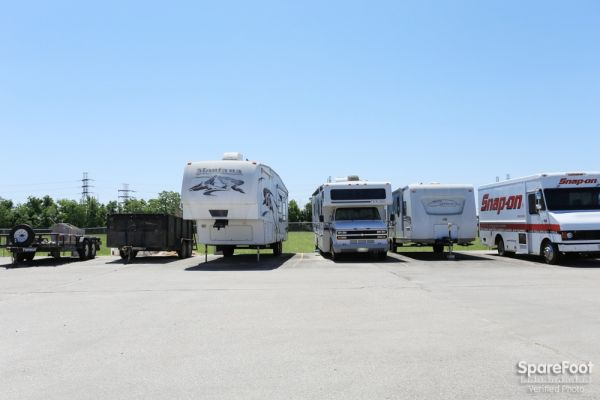 Iron Guard Storage - Webster 410 Old Galveston Road Webster, TX - Photo 9