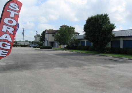 La Porte Storage, LLC 2915 North 23rd Street La Porte, TX - Photo 2