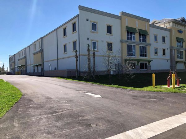 SmartStop Self Storage - Pembroke Pines 18804 Pines Boulevard Pembroke Pines, FL - Photo 7