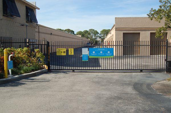 SmartStop Self Storage - Jupiter 2581 Jupiter Park Drive Jupiter, FL - Photo 4