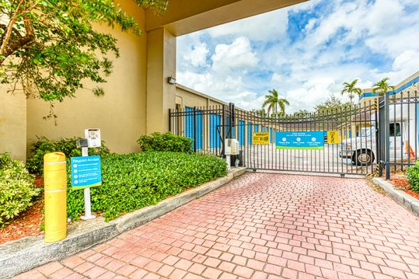 SmartStop Self Storage - Plantation 10325 West Broward Boulevard Plantation, FL - Photo 5
