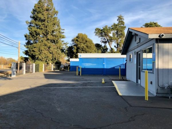 SmartStop Self Storage - Fairfield 2998 Rockville Road Fairfield, CA - Photo 3