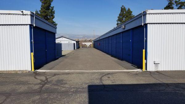 SmartStop Self Storage - Fairfield 2998 Rockville Road Fairfield, CA - Photo 5