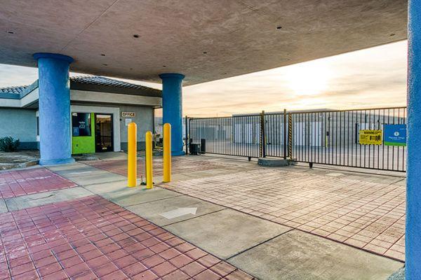 SmartStop Self Storage - Lancaster - 43707 Sierra Hwy 43707 Sierra Highway Lancaster, CA - Photo 6