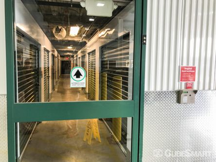 CubeSmart Self Storage - Washington - 1850 New York Ave NE 1850 New York Avenue NE Washington, DC - Photo 2