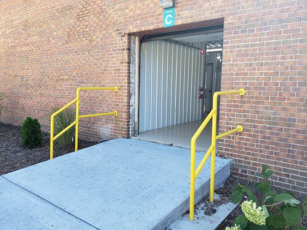 Storage House 2220 Northwestern Avenue Racine, WI - Photo 5