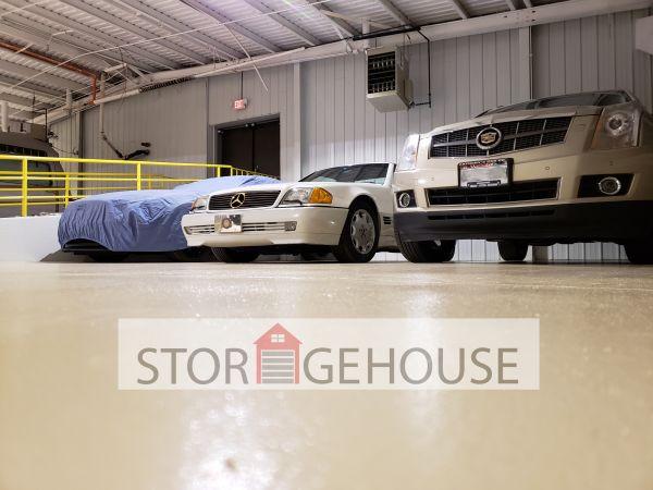 Storage House 2220 Northwestern Avenue Racine, WI - Photo 1