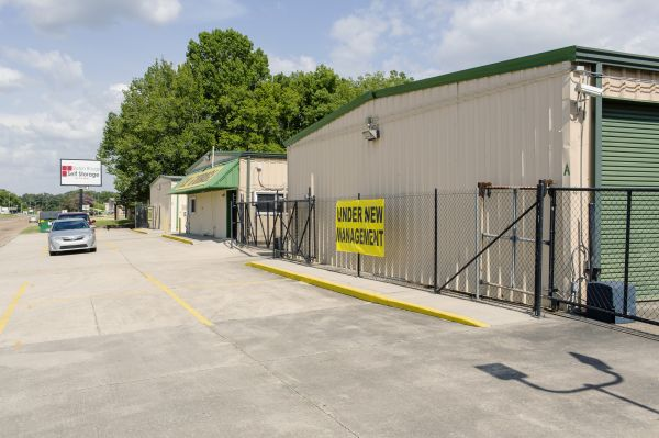 Baton Rouge Self Storage #3 13030 South Choctaw Drive Baton Rouge, LA - Photo 1