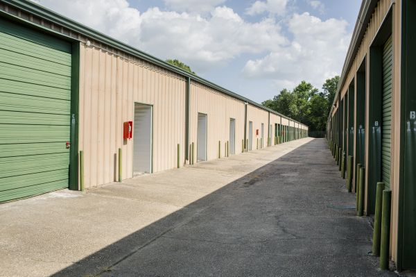 Baton Rouge Self Storage #3 13030 South Choctaw Drive Baton Rouge, LA - Photo 3