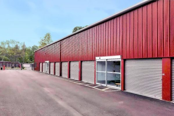 Prime Storage - Whitinsville 24 Castle Hill Road Northbridge, MA - Photo 4