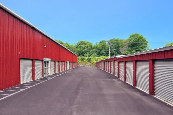 Prime Storage - Whitinsville 24 Castle Hill Road Northbridge, MA - Photo 8