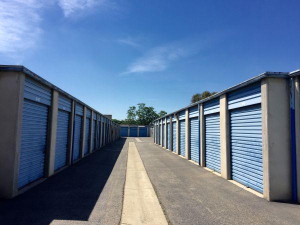 Mountain Ave Self Storage 630 South Mountain Avenue Ontario, CA - Photo 4