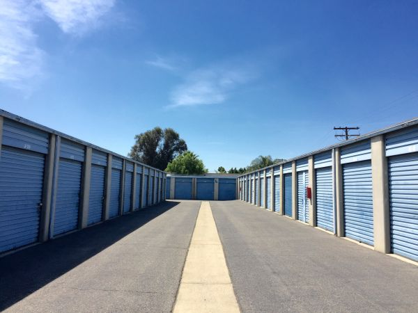 Mountain Ave Self Storage 630 South Mountain Avenue Ontario, CA - Photo 5