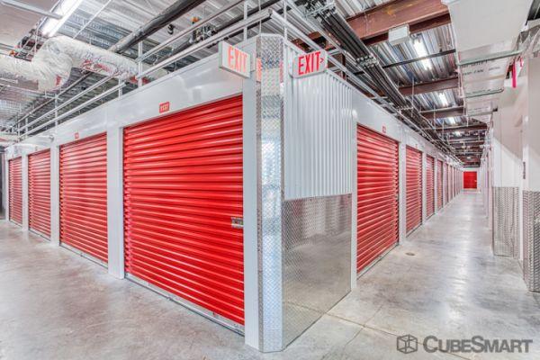 CubeSmart Self Storage - Orlando - 12709 E Colonial Dr 12709 E Colonial Dr Orlando, FL - Photo 2