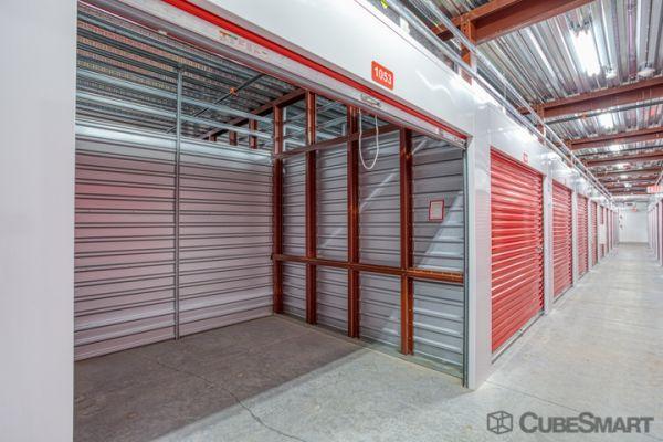 CubeSmart Self Storage - Orlando - 12709 E Colonial Dr 12709 E Colonial Dr Orlando, FL - Photo 3