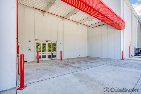 CubeSmart Self Storage - Orlando - 12709 E Colonial Dr 12709 E Colonial Dr Orlando, FL - Photo 4