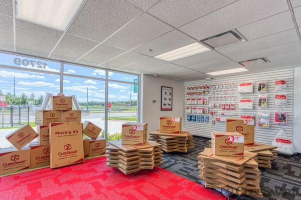 CubeSmart Self Storage - Orlando - 12709 E Colonial Dr 12709 E Colonial Dr Orlando, FL - Photo 6