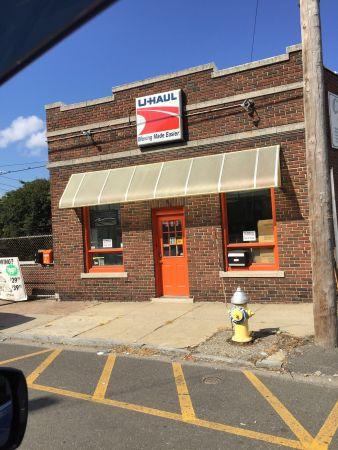 Shelton Storage Solutions 583 Howe Avenue Shelton, CT - Photo 0