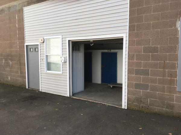 Shelton Storage Solutions 583 Howe Avenue Shelton, CT - Photo 3